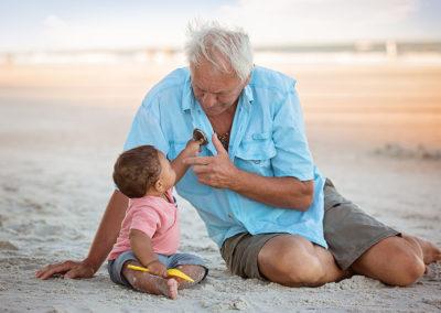 děda a vnuk fotografování
